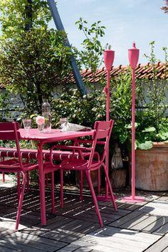 Marvelous Pink Patio Set