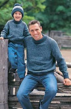 Family Raglan Sweatshirt - Make one for everyone in the family! Sizes child 4 to adult XL to 117 cm chest). Shown in Patons Classic Wool Denim Marl and New Denim, using 4 mm (US and (US knitting needles. Boys Knitting Patterns Free, Jumper Patterns, Sweater Knitting Patterns, Knitting For Kids, Knitting Designs, Free Knitting, Knitting Needles, Crochet Patterns, Knitting Sweaters