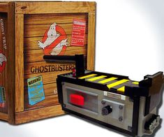 Start your very own ghoul capturing service with help from the Ghostbusters trap replica. This well-crafted prop comes with an actual working trap door and features a fun interactive mode containing movie-accurate sounds and lighting effects. Jurassic World, Legos, Ghostbusters Ghost Trap, Mini Arcade, Ghost Busters, Movie Props, Geek Out, Ghost Stories, Dragon Ball Z