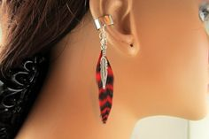 Ear Cuff Red Grizzly Feather Silver Metal Feather on Etsy for $9.00.
