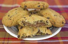 """750g vous propose la recette """"Cookies noisettes-pralinoise"""" publiée par Émi - La Tarte au fromache."""