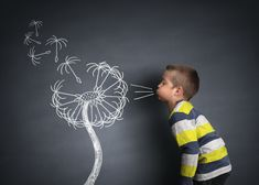 Creative Photography: Boy with chalk dandelion. Chalk Photography, Creative Photography, Chalk Pictures, Atelier Photo, Foto 3d, Sidewalk Chalk Art, Chalk Drawings, 3d Drawings, Stock Foto