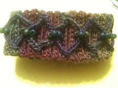 Ravelry: Criss-Cross Bracelet pattern by Lisa Tomko