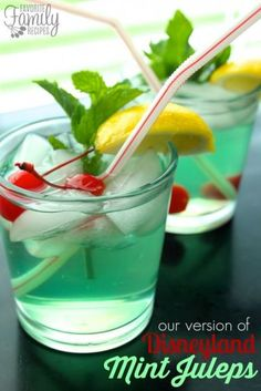 Disneyland Mint Juleps - Mint Juleps are one of my favorite things to get at Disneyland. #drinks #party #recipe