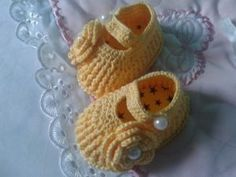 crochet-baby-shoes-33
