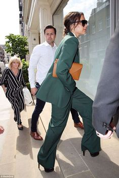 Victoria Beckham power dresses in an emerald suit to host star-studded breakfast | Daily Mail Online