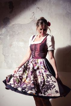"dirndl apron ""LAVENDEL""  cooperation project  TheScentedDrop & Decasa"