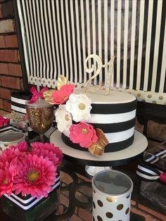 Kate spade bridal shower ideas cake toppers, produse de patiserie, zi de na Birthday Surprise For Mom, Moms 50th Birthday, Birthday Cakes For Teens, 40th Birthday Cakes, Birthday Parties, Birthday Ideas, Kate Spade Party, Kate Spade Cake, Teen Cakes
