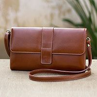 Leather shoulder bag, 'Classic Tan Chic'