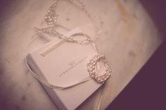 Bespoke Ritz Headdress and bespoke Starlight Bracelet | Hermione Harbutt | New Era Photography | #hermione #harbutt #headdress #bridal #wedding #inspiration | http://www.hermioneharbutt.com/wedding/