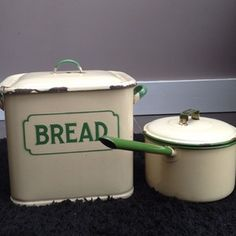 vintage Cream and green bread box and pan.