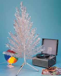 The Short Life—and Awesome Resurgence—of the Aluminum Christmas Tree