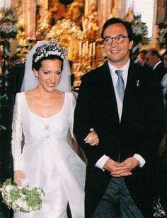 Prince von Ratibor und Corvey und zu Hohenlohe-Schillingsfürst, married Countess Clarissa zu Toerring-Jettenbach (*1965), at the St. Peter und Paul church of Winhöring (Bavaria, Germany), on July 4th 1999