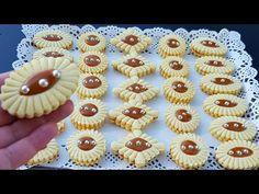 بلا ما تحتاري👌اسهل وانجح صابلي بدون مايتقلص في الفرن ناجح من اول تجربة حلويات العيد2020 - YouTube Mini Cupcakes, Cupcake Cakes, Cake Recipes, Dessert Recipes, Algerian Recipes, Sweet Pastries, Arabic Food, Cake Designs, Food Dishes
