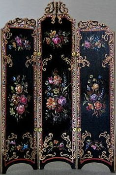 Grand Miniature Victorian Screen with carved top