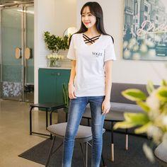 #envylook Brand Chest Print Cotton Tee #koreanfashion #koreanstyle #kfashion #kstyle #stylish #fashionista #fashioninspo #fashioninspiration #inspirations #ootd #streetfashion #streetstyle #fashion #trend #style