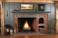 New England fireplace. I would love to have an old house with a fireplace like this in the Kitchen! Primitive Homes, Primitive Fireplace, Country Fireplace, Brick Fireplace, Country Primitive, Primitive Decor, Cottage Fireplace, Primitive Bedroom, Primitive Antiques