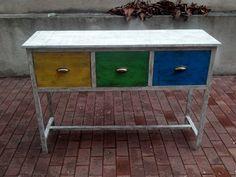 """Mueble con cajones imitando uno visto en """"Tierra extraña"""" (Barcelona) #DIY #mesa #tierraextraña #deco"""