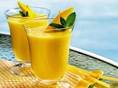 Como começar bem o dia? #Batido_leve_de_manga #receitas #bebidas #batido #fruta #leitedesoja #manga #batidodemanga #batidoleve #batidonutritivo #pequenoalmoço #lanche