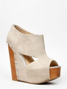 Chinese Laundry JAM SESSION Cutout Wedge
