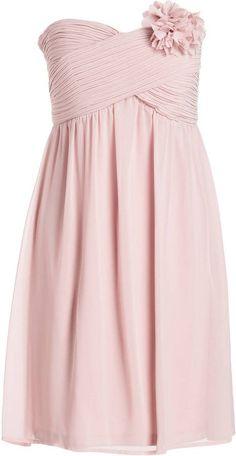 Pin for Later: Die 50 schönsten Kleider für deinen Abiball  ESPRIT Cocktailkleid rosa (100 €)