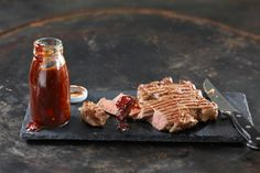 Smoked Sesame BBQ-Sauce - Rezepte | fooby.ch Bbq, Smoke, Cheese, Meat, Food, Fresh Coffee, Kid Cooking, Recipies, Good To Know