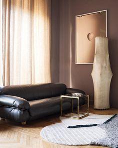 Studiopepe's latest private interior project in the heart of Milan. Italian Interior Design, Interior Design Studio, Best Interior, Milan Apartment, Apartment Design, Window Mirror Decor, Catio, Bespoke Furniture, Elle Decor