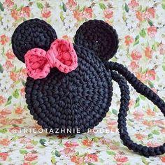 Marvelous Crochet A Shell Stitch Purse Bag Ideas. Wonderful Crochet A Shell Stitch Purse Bag Ideas. Crochet Handbags, Crochet Purses, Crochet Shell Stitch, Crochet Granny, Bag Crochet, Free Crochet, Handbag Tutorial, Pouch Tutorial, Granny Square Bag