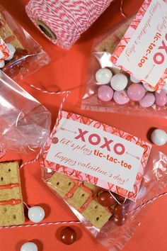 Handmade Valentines. Super cute DIY handmade gift ideas that are perfect for Valentine's Day.