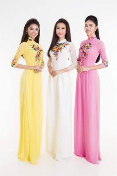 Á hậu 2 Thùy Dung, hoa hậu Đỗ Mỹ Linh, Á hậu 1 Thanh Tú thanh lịch với áo dài truyền thống