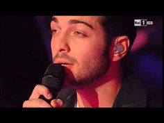 Gianluca Ginoble - Cant Help falling in Love - YouTube