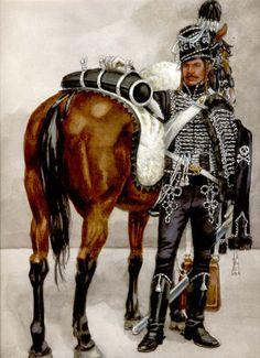 FRANCE - Hussard de la Mort, 1793 - Le décret du 12 juin 1792 prévoit la formation, à Paris, de 2 compagnies de hussards, composées de jeunes gens qui financent leur uniforme et leur équipement. Cet escadron prend le nom de hussards de la mort, en réponse à la menace que fait planer sur Paris le duc de Brunswick.