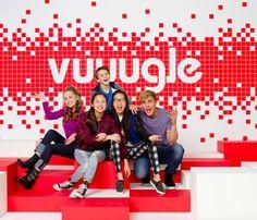 Learn More about Vuuugle in this Exclusive Sneak Peek of Bizaardvark! Disney Challenge, Disney Cast, Old Disney, Disney Channel Shows, Disney Shows, Disnney Channel, Series Da Disney, Walt Disney Animation Studios, Austin And Ally