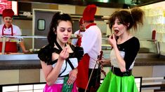 Lindsey Stirling and Megan Nicole - Starships
