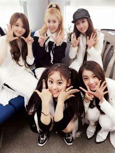 The Ark ☆ 디아크 ☆ MinJu, Yuna Kim, Halla, Yujin and Cheon Jane #THEARK #디아크 #빛 #THE_LIGHT #민주 #유나 #유진 #한라 #재인