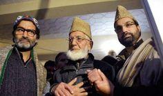 Kashmir Separatists Call For Mass Agitation If Supreme Court Delivers Verdict Against Article 35A