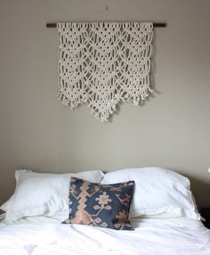 Macrame Wall Hanging Lace от HollyMuellerHome на Etsy, $150.00