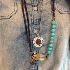 We are having fun with the many combinations Lenny and Eva has to offer! Emily took the leather necklace and attached it to a beaded link with a small sentiment and charm to complete her look! She combined her Mi Moneda to complete the style! @Lenny Eva