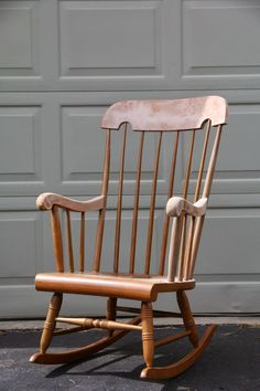 A great custom DIY Upholstered Rocking Chair that only cost $100. The DIY fabric looks just like the Brunschwig & Fils version. A great look-for-less! Read more