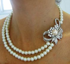 Bridal Necklace, Pearly Necklace ,wedding Necklace -Isabelle- Ivory Swarovski Pearls and rhinestone Necklace,- Made to Order I Love Jewelry, Pearl Jewelry, Diamond Jewelry, Vintage Jewelry, Jewelry Design, Bridal Necklace, Lariat Necklace, Rhinestone Necklace, Pearl Love