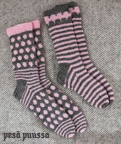 pink & grey 2 x knitted socks Crochet Socks, Knitting Socks, Hand Knitting, Knit Crochet, Silly Socks, My Socks, Pink Socks, Lion Brand Yarn, Fair Isle Knitting