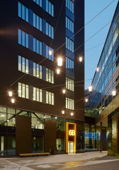 /Swedbank HQ- Lighting design by Black Ljusdesign/ Black ljusdesign- Lighting Design - Architecture - Lighting - Interior lighting- Office - Interior - Contrast- Exterior lighting-  Entrance