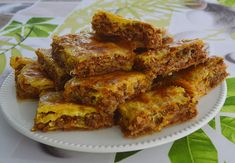 Burek cu carne – Placinta cu carne Pastry And Bakery, Pavlova, French Toast, Breakfast, Recipes, Food, Fine Dining, Morning Coffee, Recipies