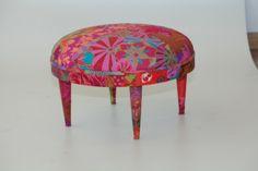 banqueta com patchwork contemporaneo by ana morelli  saiba mais em www.anamorelli.com #homedecor #patchworkcontemporaneo #modernpatchwork #furniture