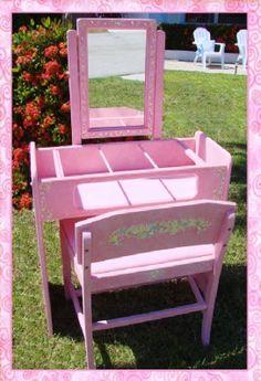 Children's Vanity & Bench with Mirror