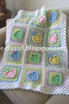 kalp motifli bebek battaniyesi
