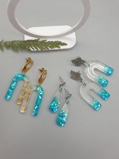 Clear Resin, Dangle Earrings, Dangles, Glitter, Gold, Etsy, Drop Earrings, Sequins, Glow