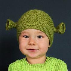 Shrek. Anna would flippp Crochet Beanie, Cute Crochet, Crochet For Kids, Crochet Crafts, Yarn Crafts, Crochet Baby, Knitted Hats, Knit Crochet, Shrek