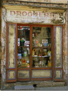 ~Droguerie à Cotignac, Provence, France~ (hardware store)~