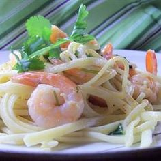Pasta, Shrimp Durango, Sauteed Shrimp Braised With White Wine And Lime Juice And Seasoned With Cilantro And Cayenne Pepper. Simple, Quick And Delicious. Serve With A Grilled Corn And Salsa Salad. Shrimp Dishes, Pasta Dishes, Quick Recipes, Healthy Recipes, Healthy Meals, Healthy Food, Yummy Food, Salsa Salad, I Want Food